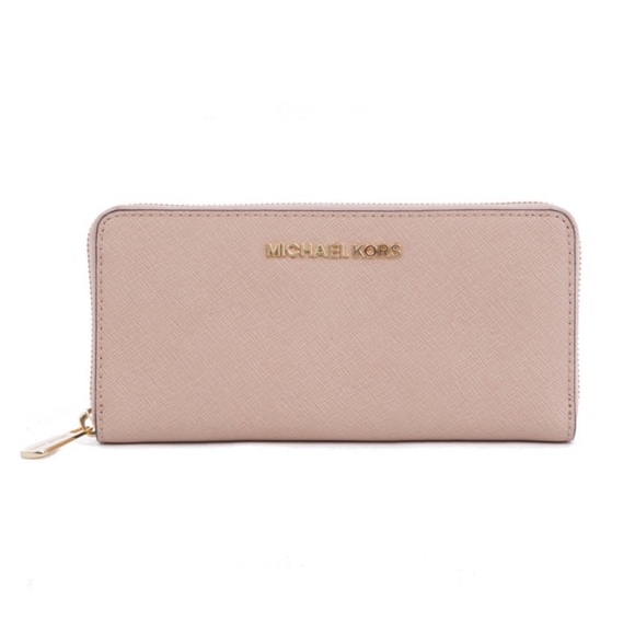 Michael Kors Handbags - Michael Kors Jet Set Saffiano Wallet Blush Pink